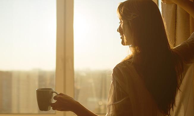 起床時朝日を浴びる