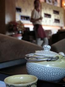 Trà Chuông Gió, tea, pot, cup