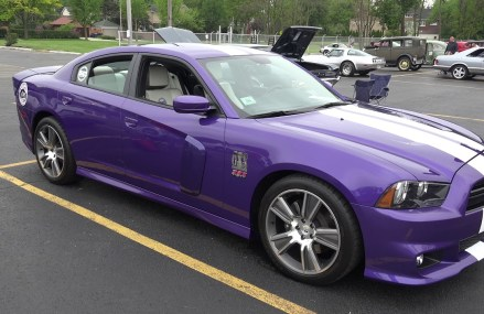 ONE of a KIND Dodge SUPER BEE SRT 8 50th anniversary – Lyons Township High School For 1436 Baldwinville MA