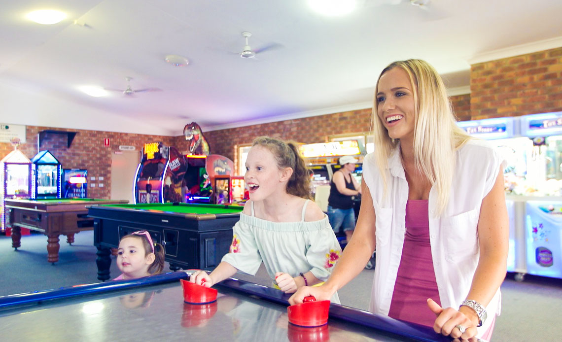 Games room for the kids and wet weather to keep everyone entertained