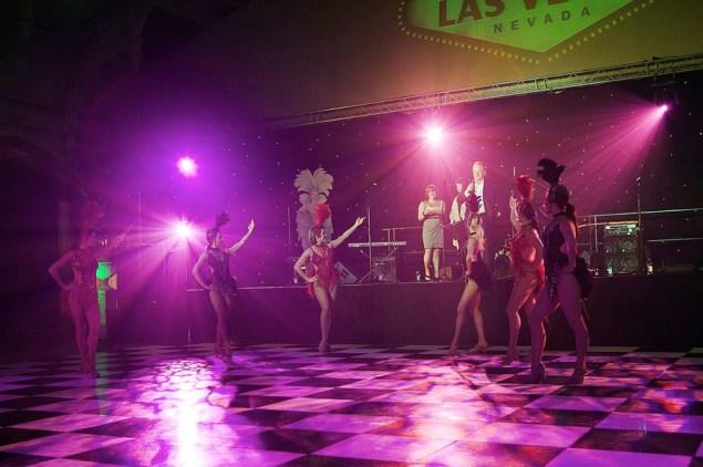 Vegas Showgirl Dancers
