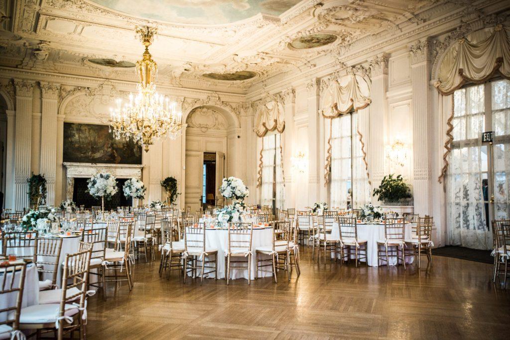 Kelly and John | Rosecliff Mansion Wedding | Blueflash Photography