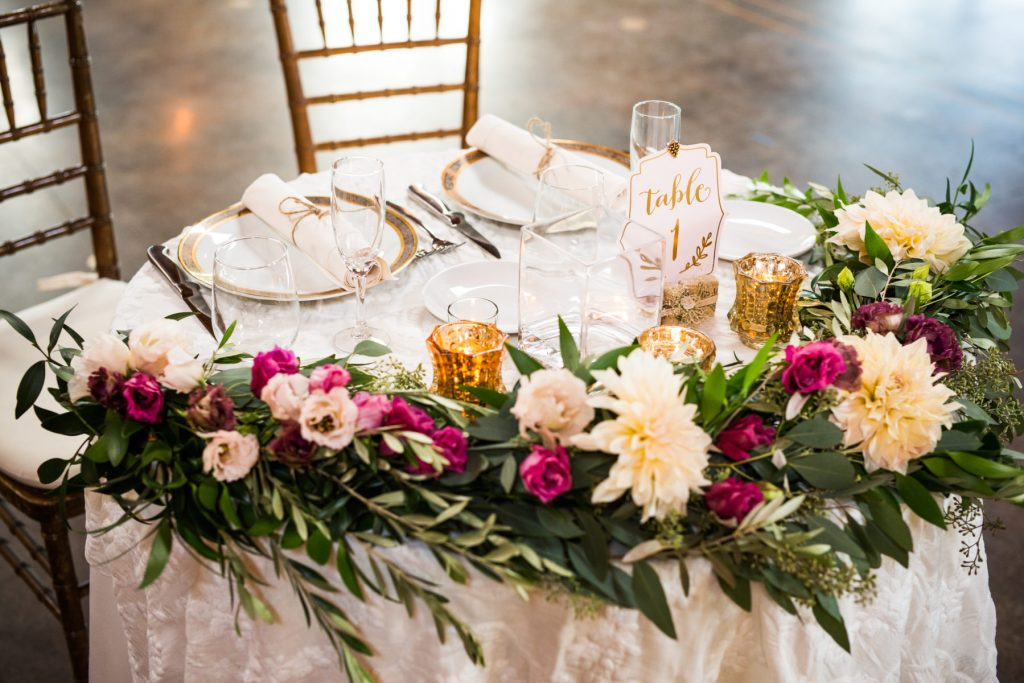 head table with runner
