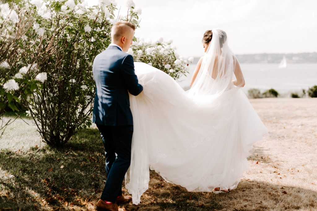 Ocean Cliff Newport Wedding Gena and Ricky Blueflash Photography21