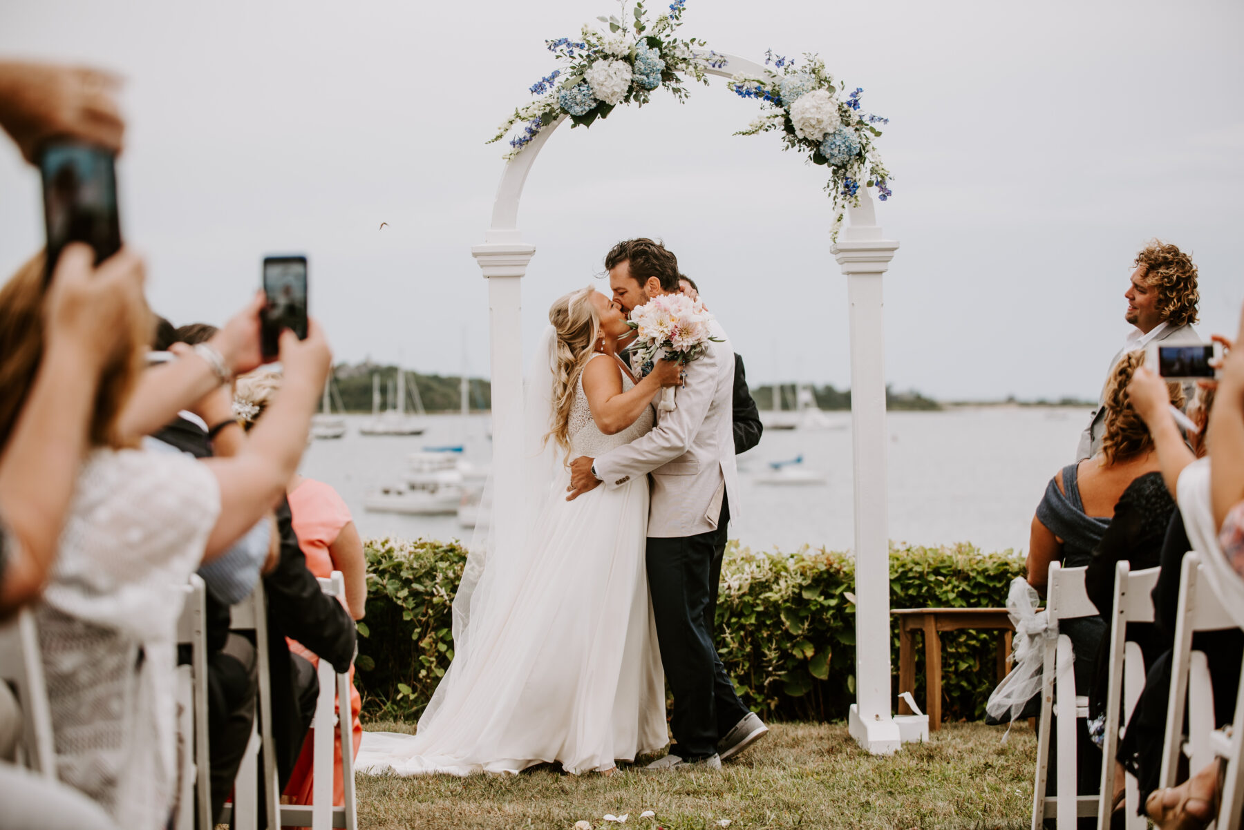 Sullivan House Block Island Wedding Amy and Nick Blueflash Photography 14