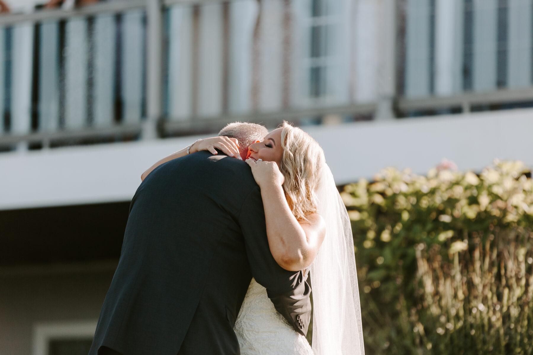 Spring House Block Island Wedding Abby and Lance Blueflash Photography 10