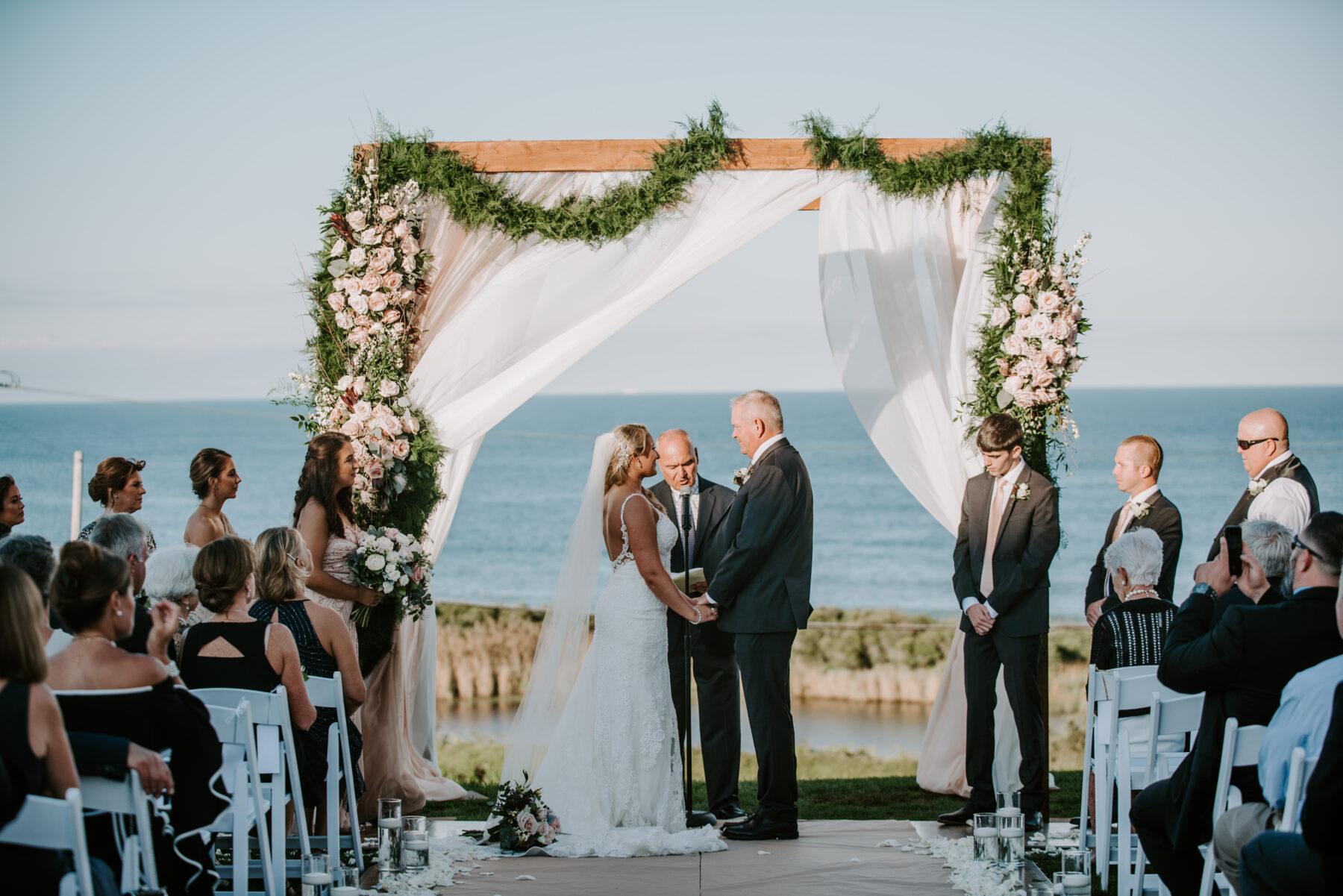Spring House Block Island Wedding Abby and Lance Blueflash Photography 17