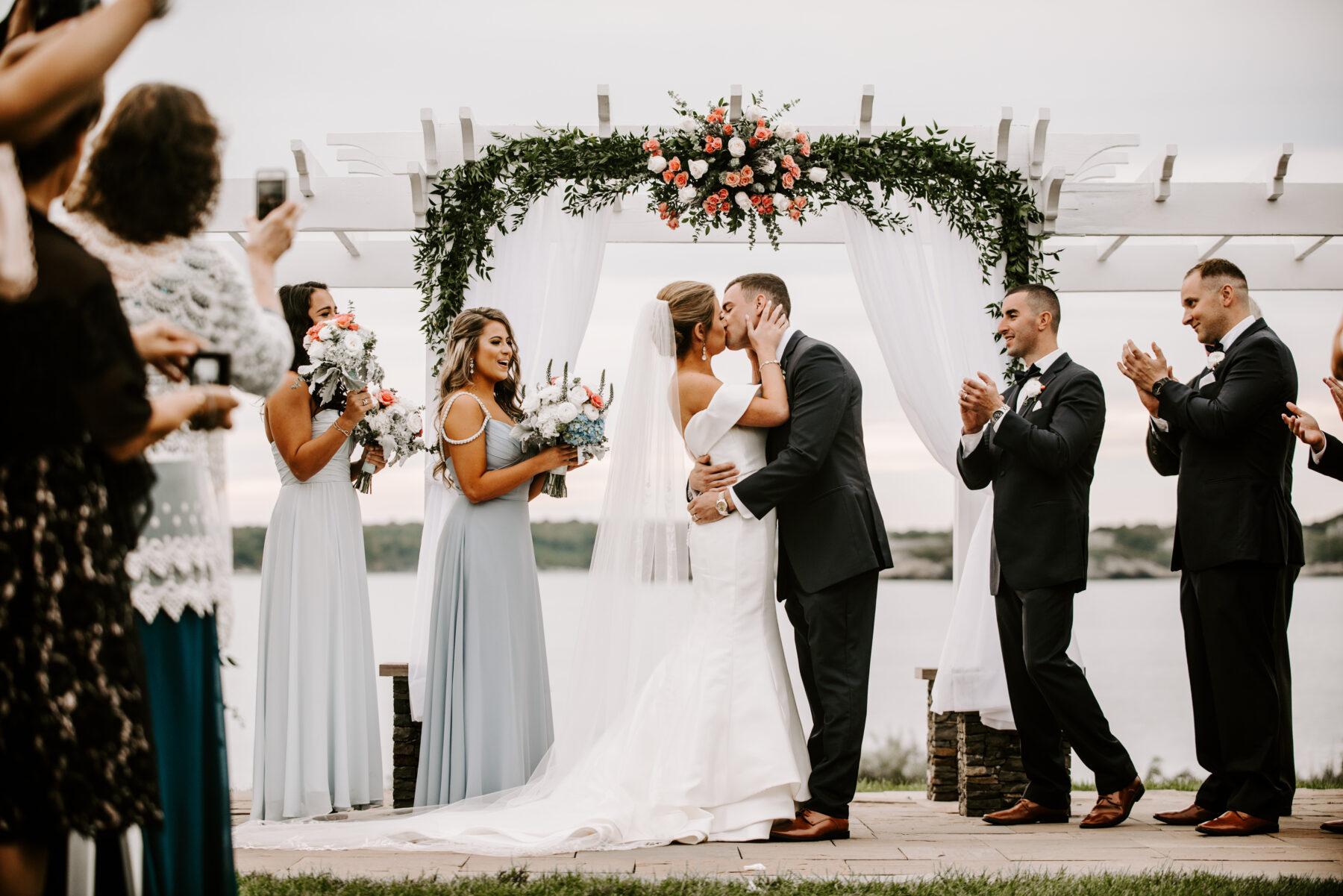 OceanCliff Newport Wedding Carley and Brian Blueflash Photography 21