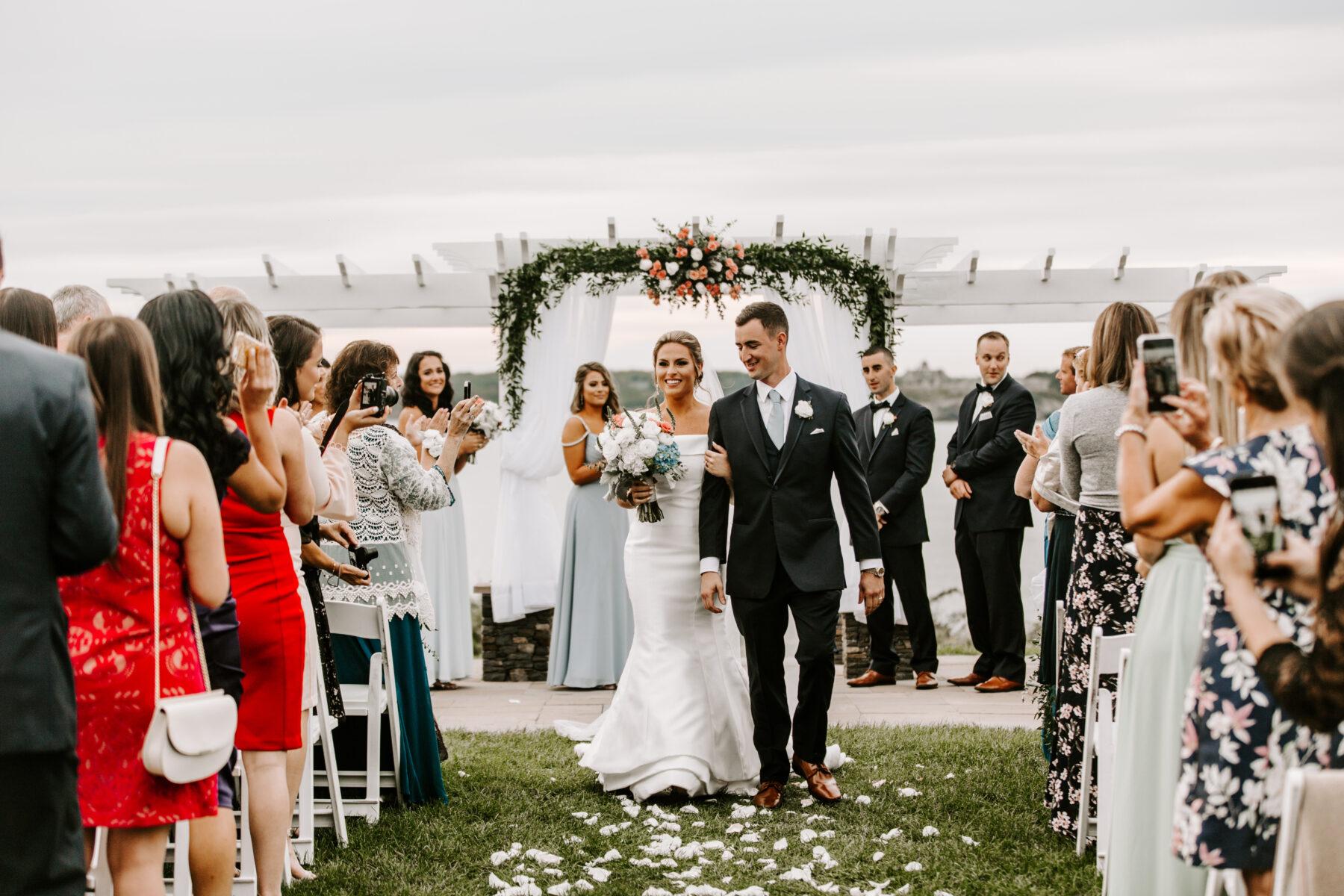 OceanCliff Newport Wedding Carley and Brian Blueflash Photography 22