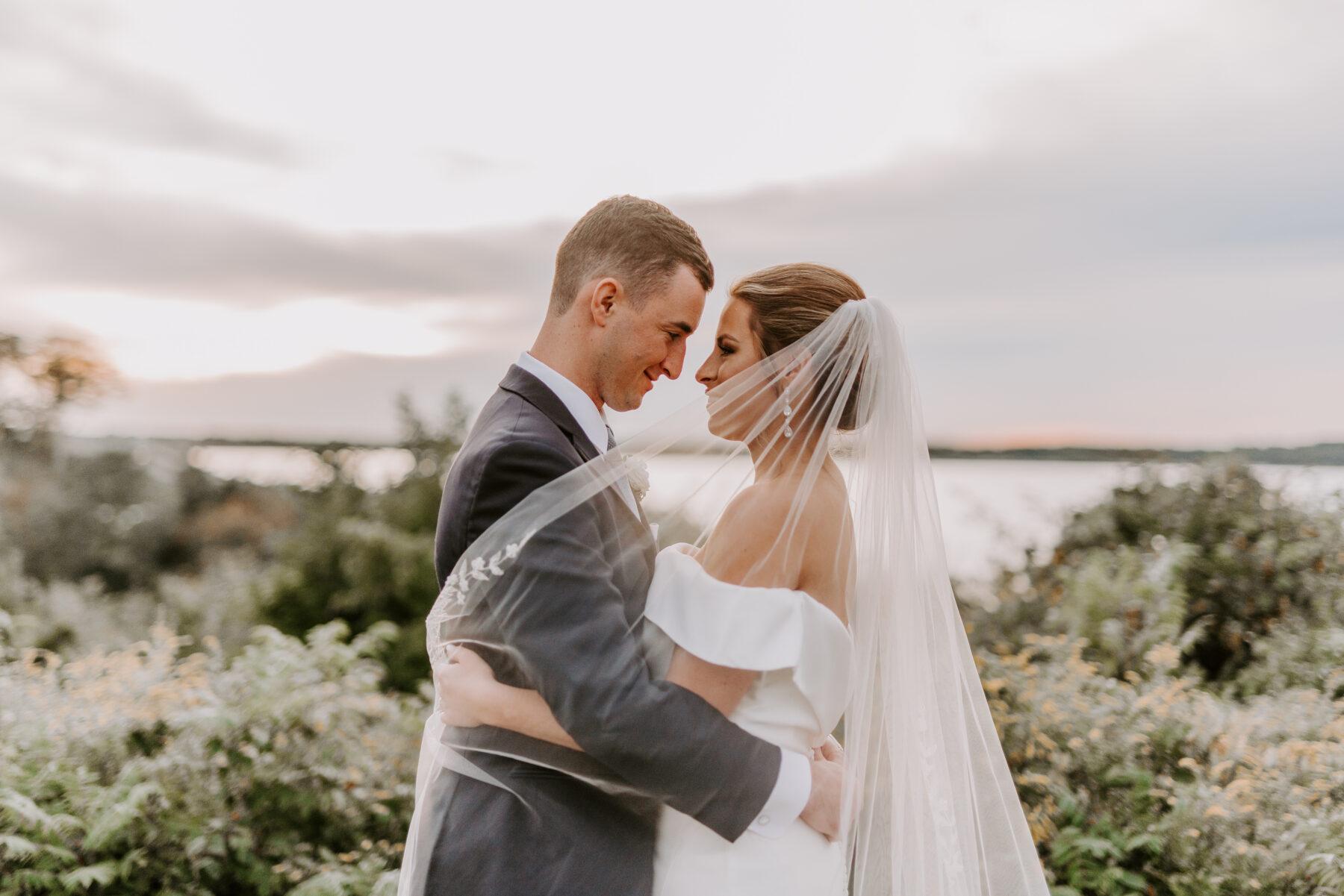 OceanCliff Newport Wedding Carley and Brian Blueflash Photography 24