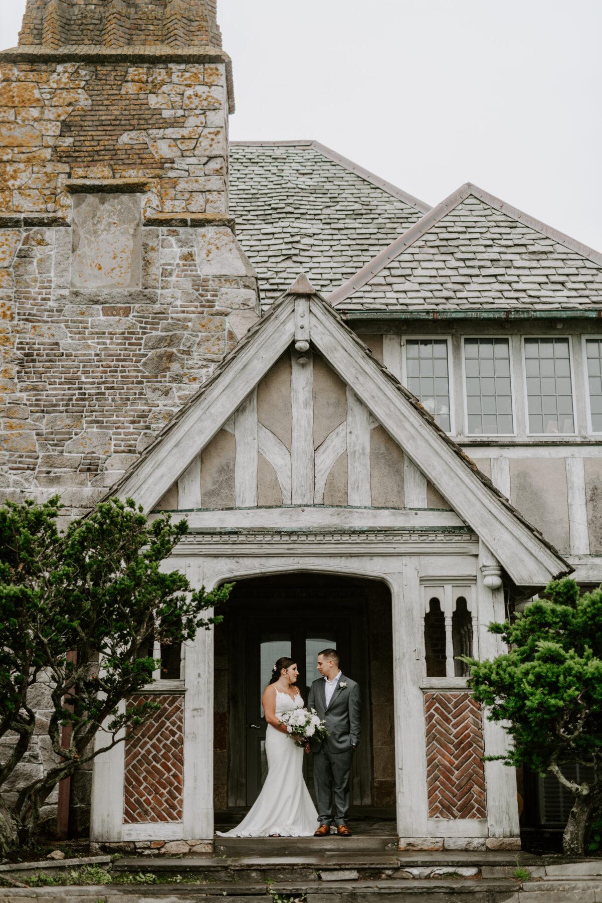 Bohlin Newport Wedding Lisa and Keith Blueflash Photography 7