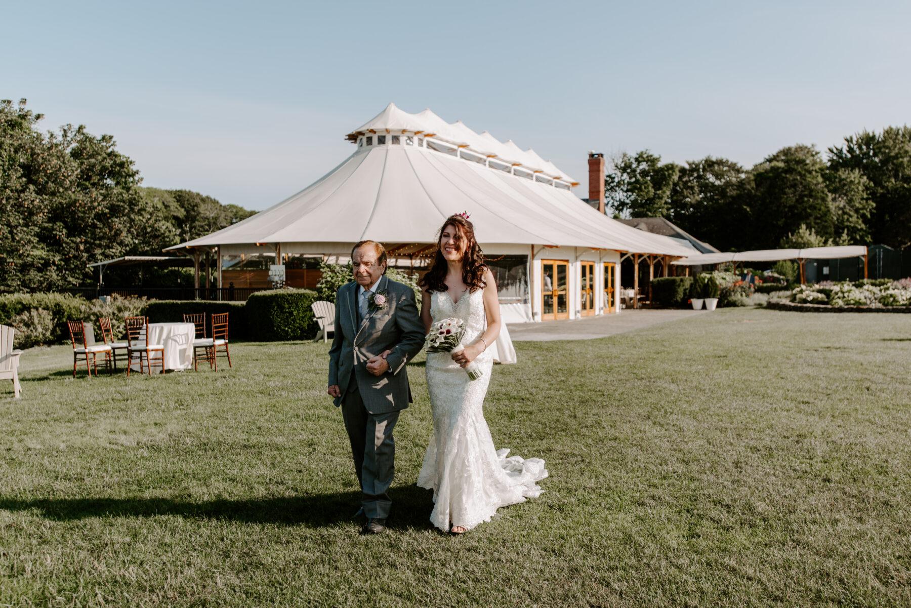 Castle Hill Newport Wedding Liz and Mike Blueflash Photography 11