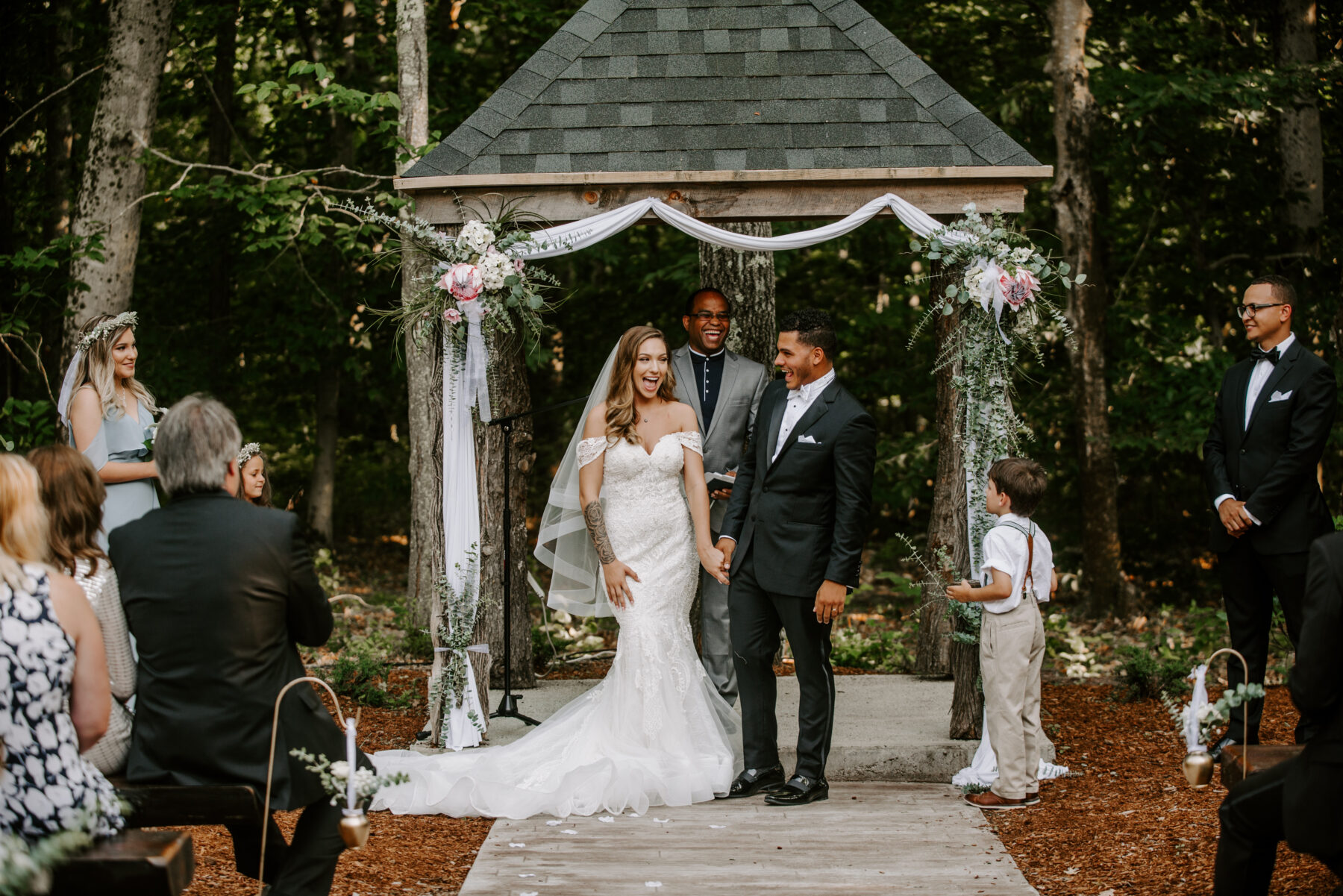 Five Bridge Inn Rehoboth Wedding Katie and Enrique Blueflash Photography 15