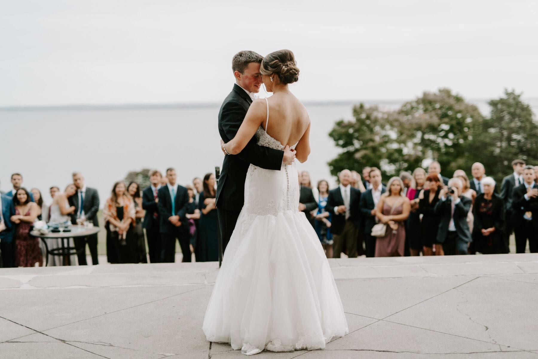 Aldrich Mansion Warwick Wedding Lauren and Paul Blueflash Photography 1