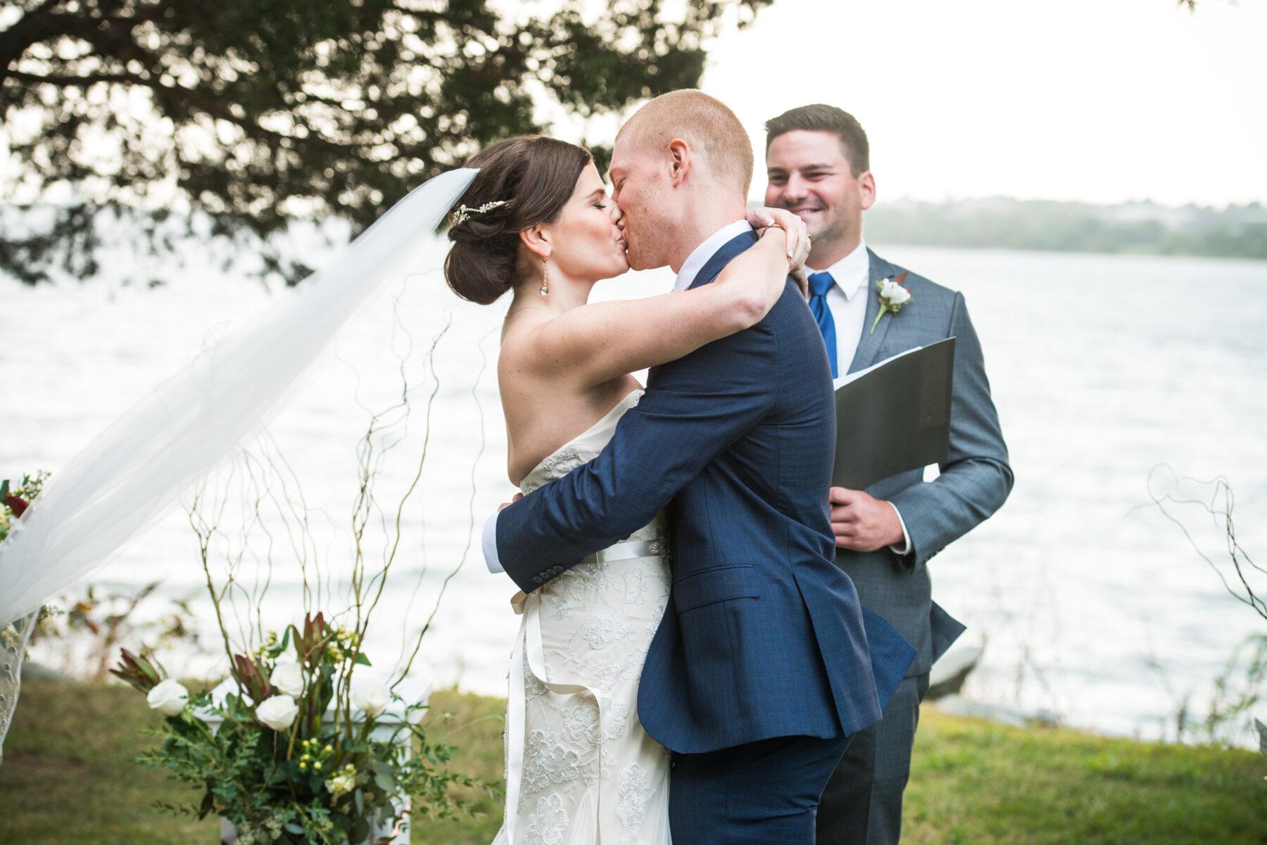 Mount Hope Farm Bristol Wedding Sara and Peter Blueflash Photography 11