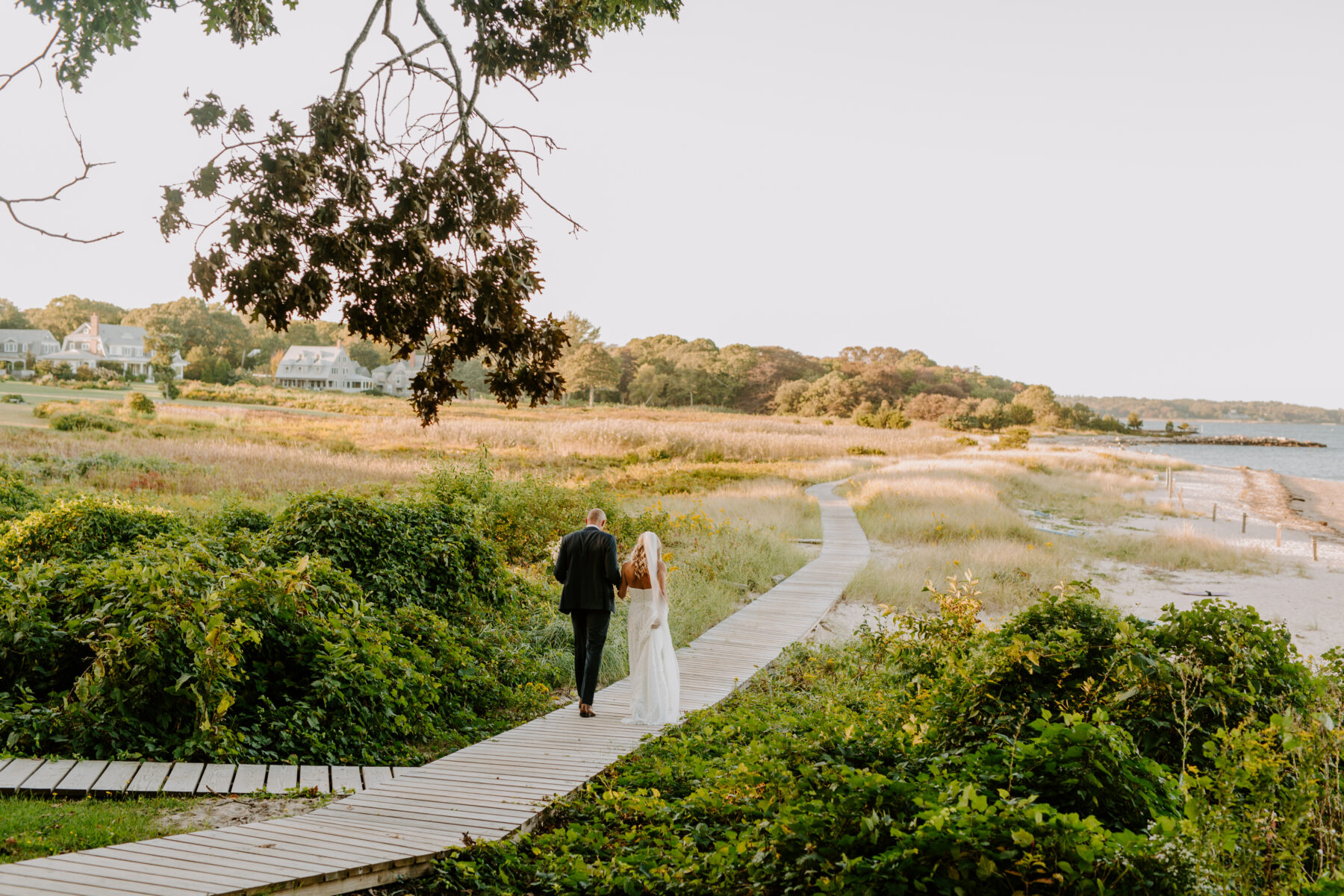 Outdoor Nonquitt Wedding Grace and Andrew Blueflash Photography 9