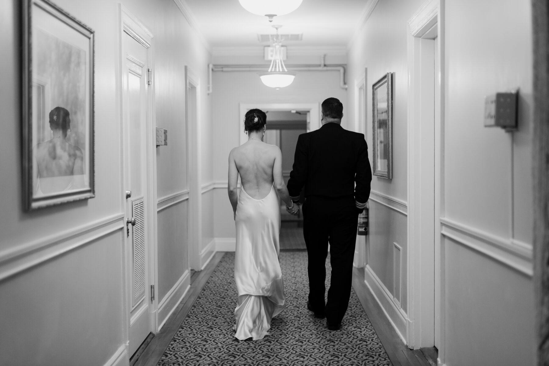 Oceancliff Newport Wedding Danielle and Scott Blueflash Photography 24
