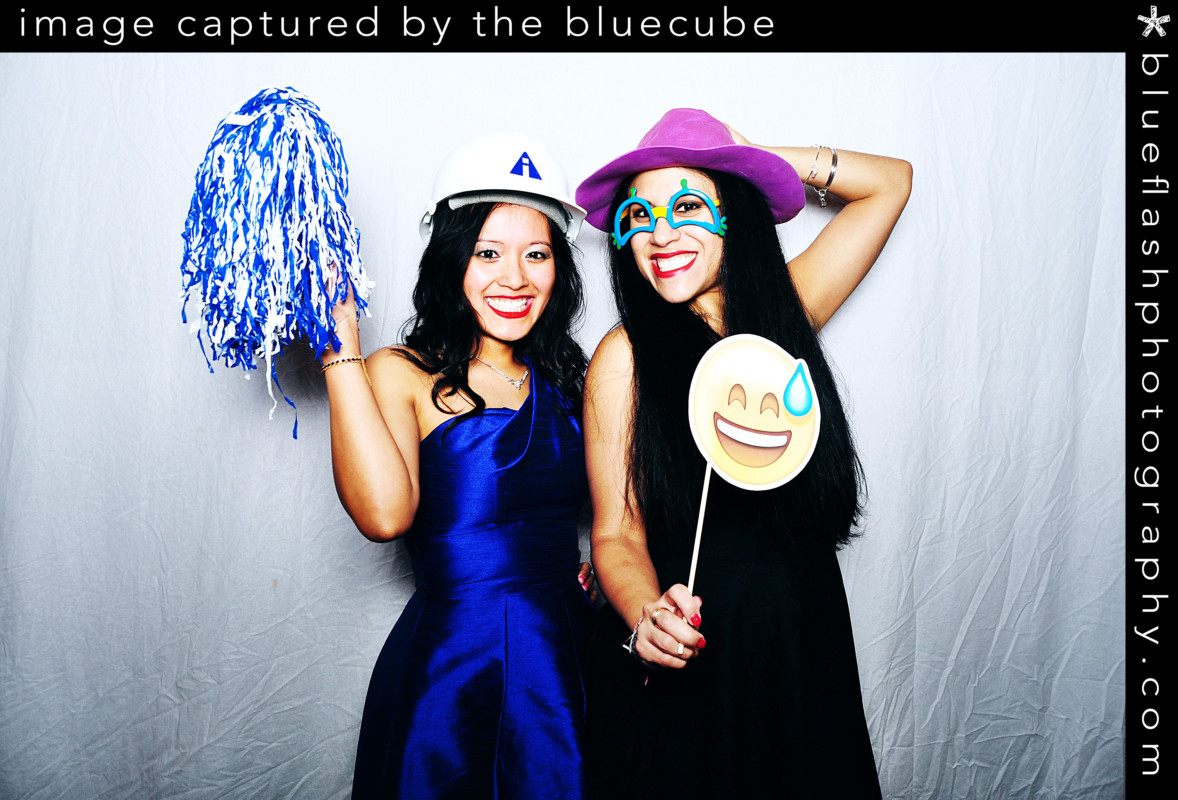 Katie and Joe   Squantum Association   Blueflash Photography
