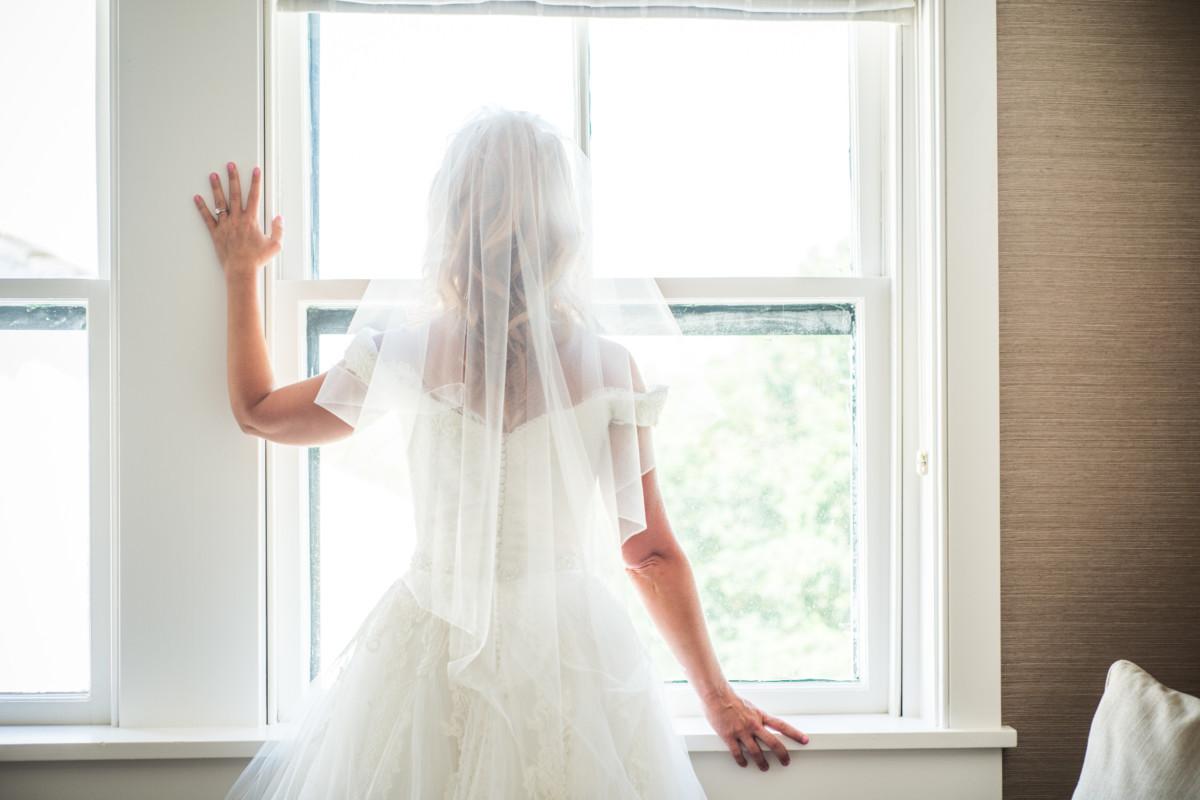 Jeanette and Joshua | Castle Hill Inn Wedding | Blueflash Photography