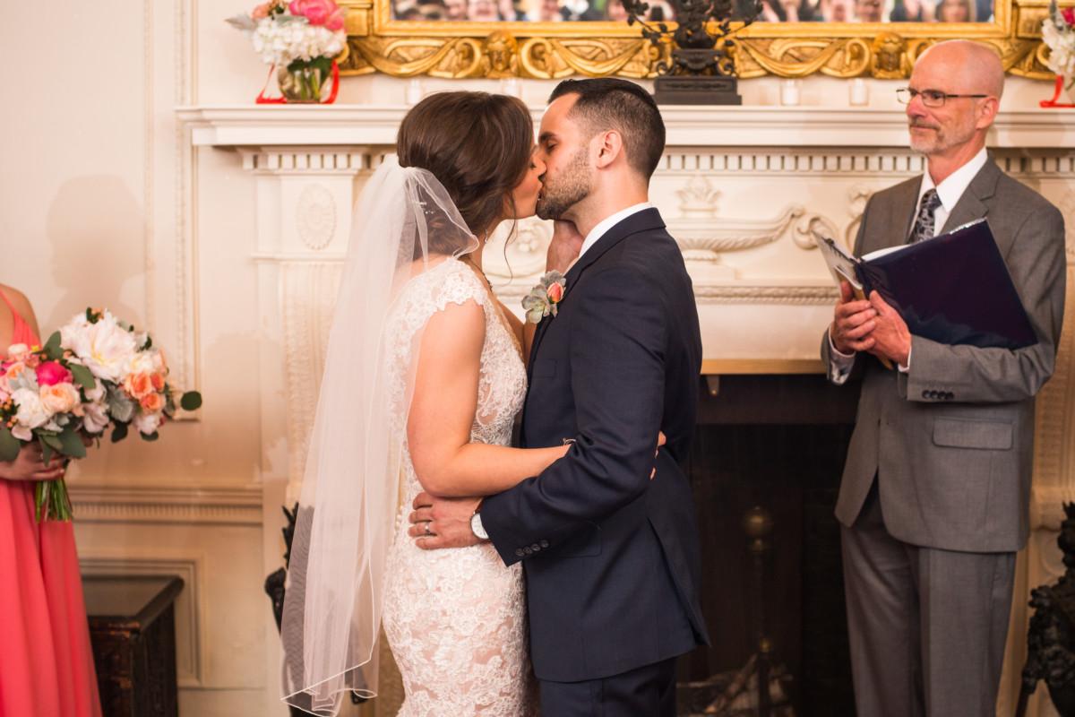 Lesya & Kurt   Blithewold Mansion Wedding   Blueflash Photography