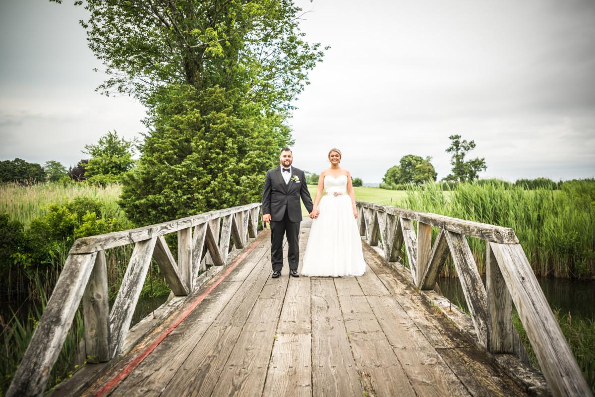 Meghan and Alex | Quidnessett Country Club Wedding | Blueflash