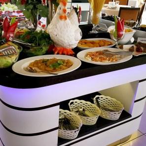 antalya açıkbüfe kahvaltı konyaaltı denize kenarında oteller best breakfast in antalya (12)