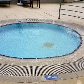 antalya yüzme havuzu konyaaltı sahilde oteller blue garden hotel (14)