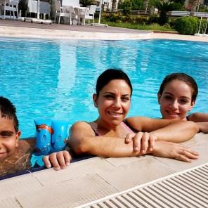 antalya yüzme havuzu konyaaltı sahilde oteller blue garden hotel (35)