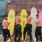 Flirty surfing in Santander