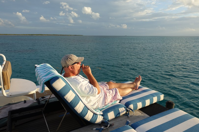 Belize Yacht Cigar Smoker