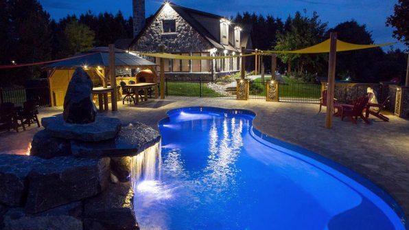 Eclipse Blue Hawaiian Pools of Michigan Leisure Pools (10)