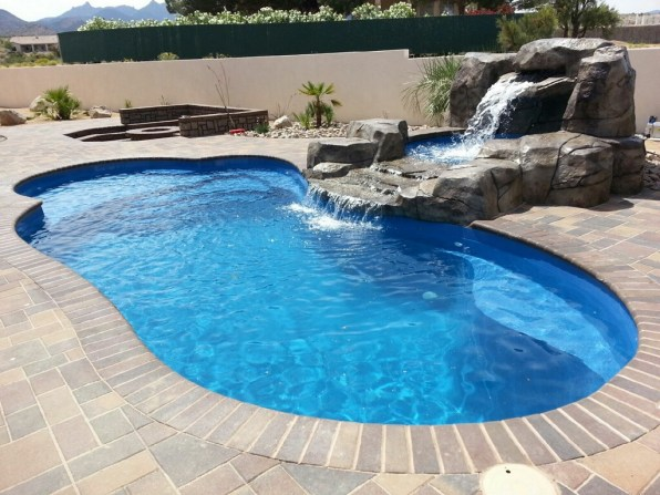 Eclipse Blue Hawaiian Pools of Michigan Leisure Pools (6)