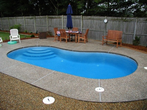 in ground swimming pool builder Michigan Clarston, Milford, Fenton, Oxford, Lansing, Shelby Mi. inground Swimming pool Installation Clarkston Michigan Swimming Pool Sale www.bluehawaiianpoolsofmichigan.com 13 - 1195