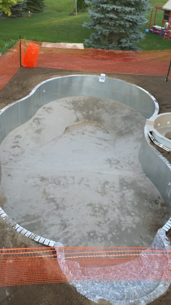 in ground swimming pool builder Michigan Clarston, Milford, Fenton, Oxford, Lansing, Shelby Mi. inground Swimming pool Installation Clarkston Michigan Swimming Pool Sale www.bluehawaiianpoolsofmichigan.com 16 -
