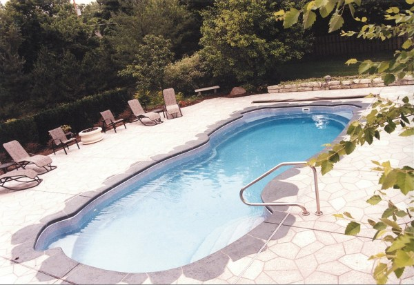 in ground swimming pool builder Michigan Clarston, Milford, Fenton, Oxford, Lansing, Shelby Mi. inground Swimming pool Installation Clarkston Michigan Swimming Pool Sale www.bluehawaiianpoolsofmichigan.com 13 - 1238