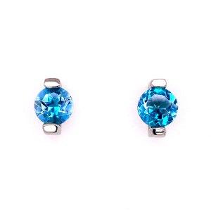 Caribbean Blue Topaz Earrings front view.