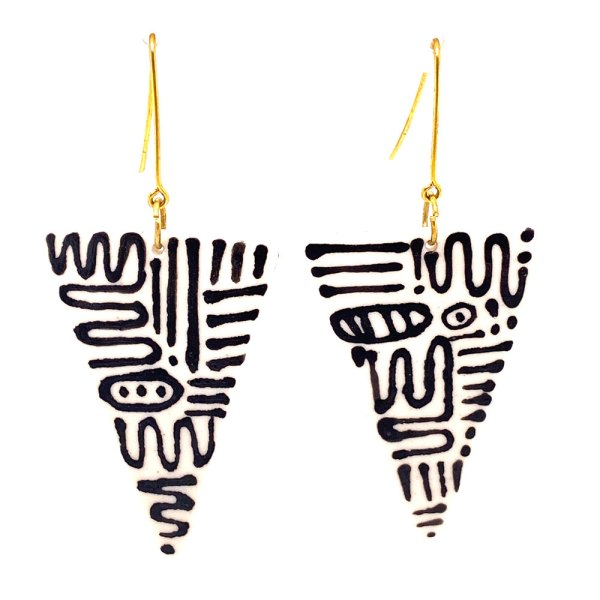 Squiggled White Fang Earrings front view.