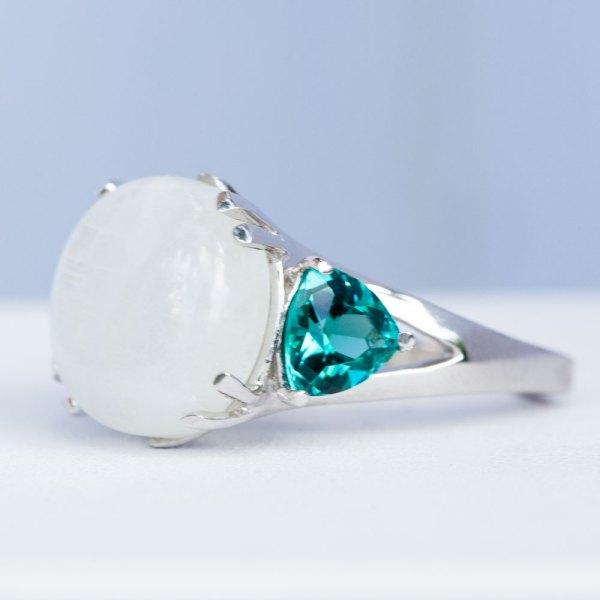 Moonstone Caribbean Blue Quartz Ring side view.