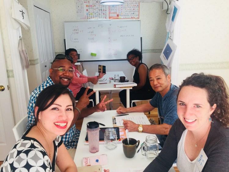 たくさんの外国人のお友達ができますよ。Come and study with local Japanese friends!