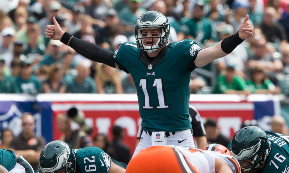 Doctors believe Eagles QB Carson Wentz tore his ACL