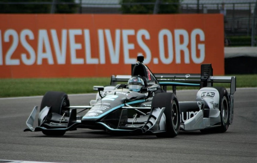 Newgarden wins IndyCar race in Phoenix