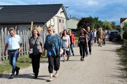 Spaziergang-zur-Bluehflaeche-IMG_9609