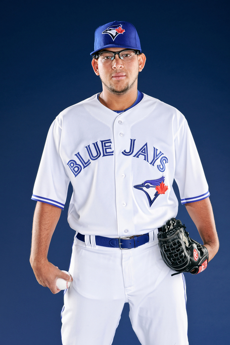 89f5b614f The fact that the Toronto Blue Jays are a competitive team once again bodes  well for the new uniforms. It's already given fans plenty of new warm and  fuzzy ...