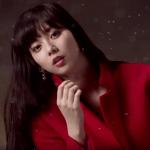 スリムウォークCMの女優は誰?赤いコートの女性モデルが美人!