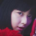 テイジンCMの女の子は誰?サンバを歌って踊る赤い服の女性がかわいい!