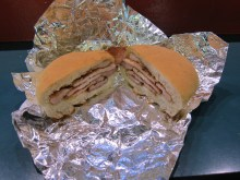 Peameal sandwich