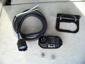 Installing a 7Blade RV Connector on a Ford Expedition – Blue Oval Trucks