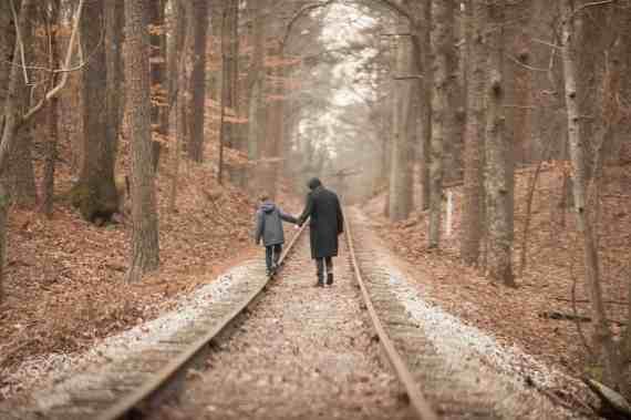 cell-railway-tracks-lg