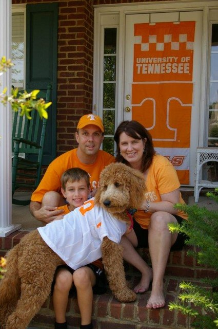 Morgan_Case_with_his_family_2011