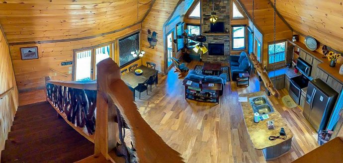 Woodhaven Retreat Cabin Panorama